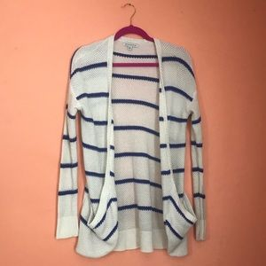 AE White & Blue striped cardigan
